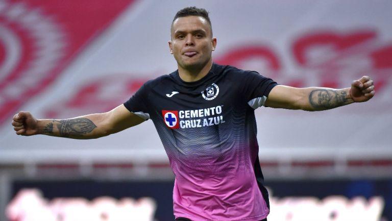 Cabecita Rodríguez en festejo de gol