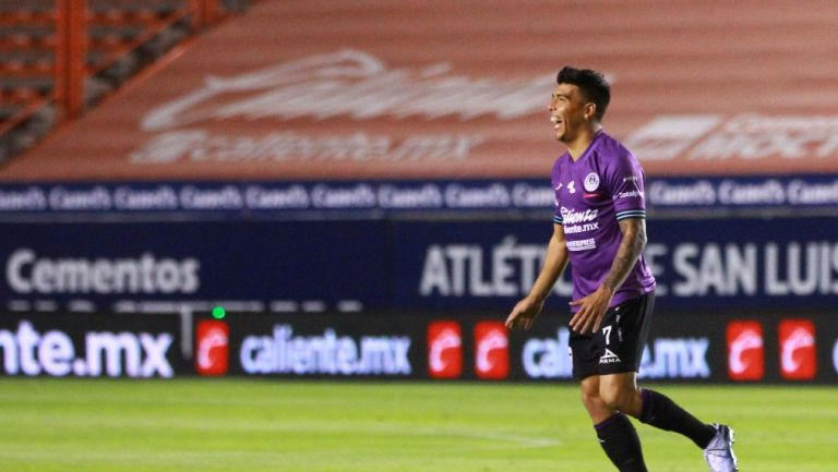 Quick Mendoza celebrando gol ante Atlético de San Luis