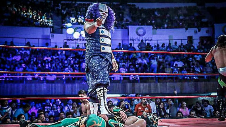 Dave the Clown en el ring