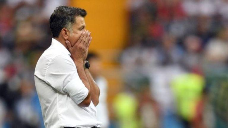 Juan Carlos Osorio dirigiendo un partido de la Selección Mexicana