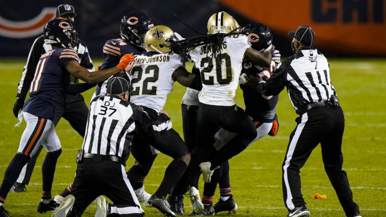Pelea entre Bears y Saints
