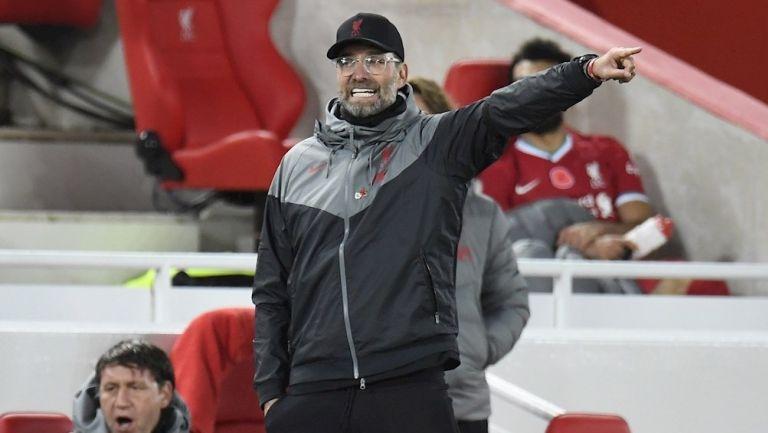 Jürgen Klopp durante un partido con Liverpool