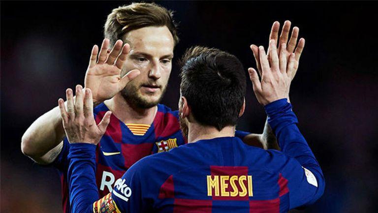 Rakitic y Leo Messi, tras un gol del Barcelona