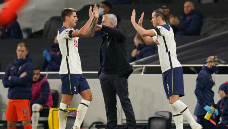 Bale y Mou en festejo