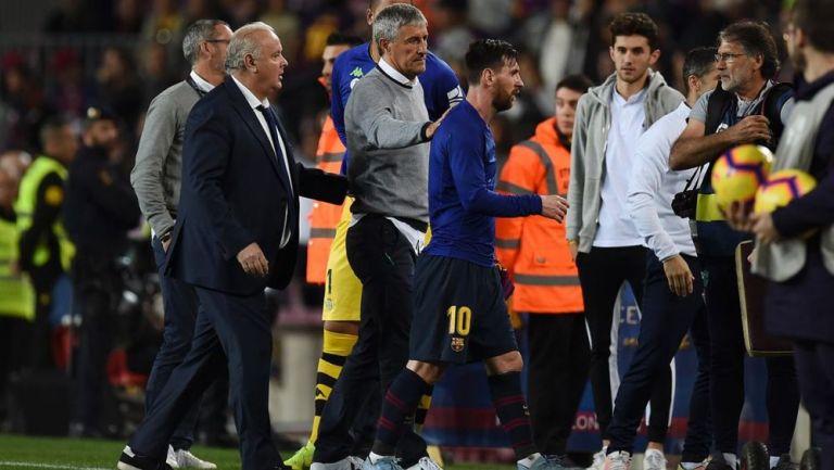 Setién en entrenamiento con Messi