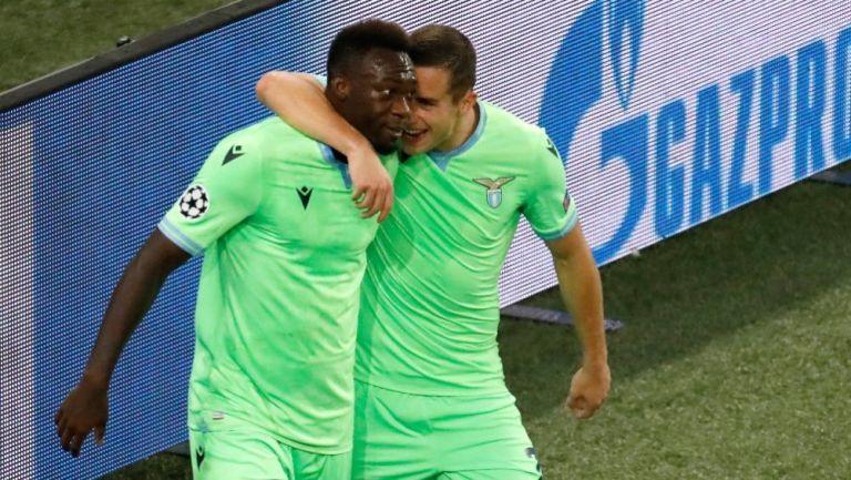 Felipe Caicedo y Andreas Pereira festejando el gol conseguido