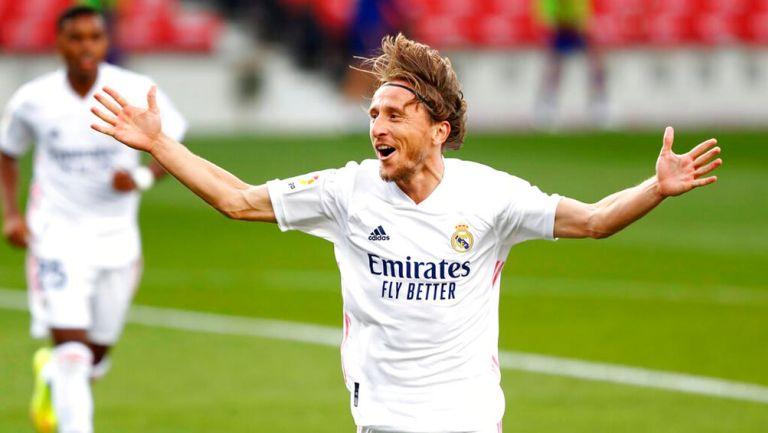 Luka Modric regaló jersey autografiado a exjugador de Tigres