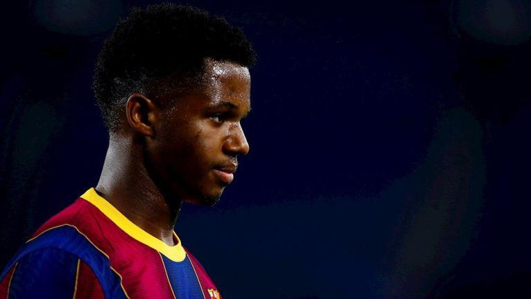 Ansu Fati durante un partido con Barcelona