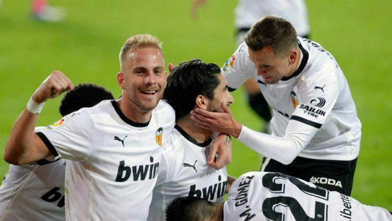 Valencia en festejo de gol