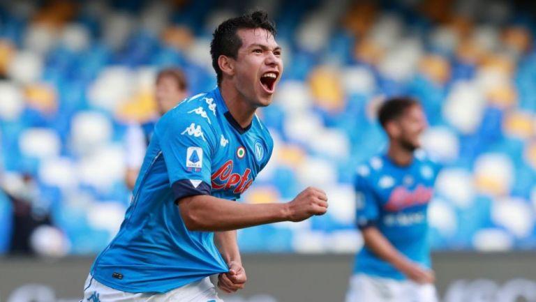 Hirving Lozano luego de anotar gol con el Napoli
