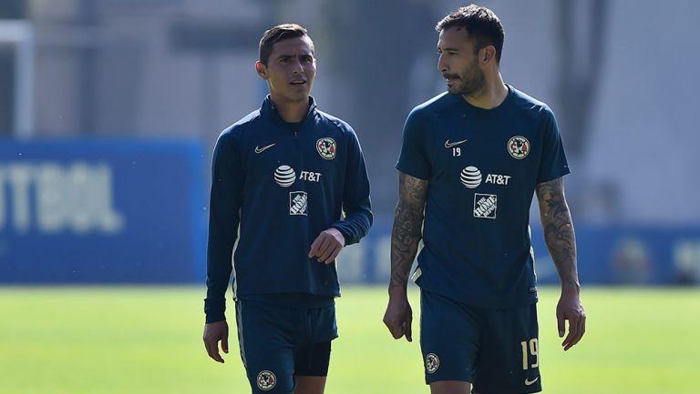 Aguilera y Aguilar, en un entrenamiento en Coapa