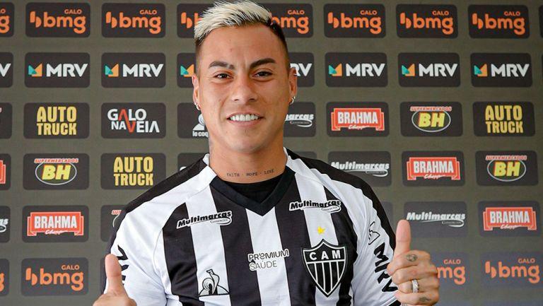 Edu Vargas en su presentación con Atlético Mineiro