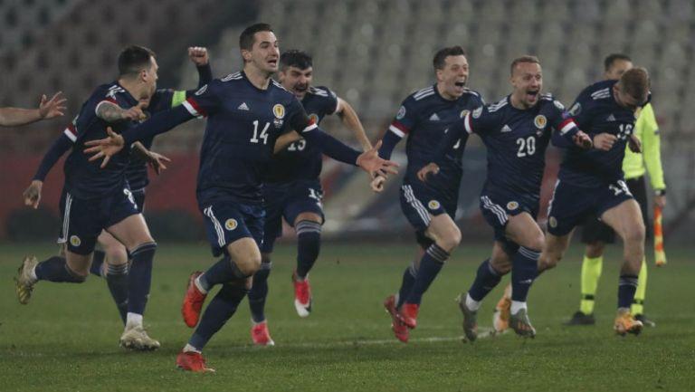 Escocia festejando su pase a la Euro 2020