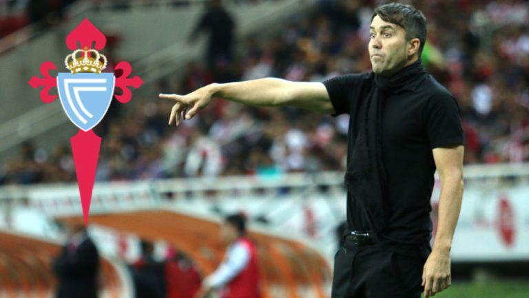 Eduardo Coudet durante un duelo en la Liga MX