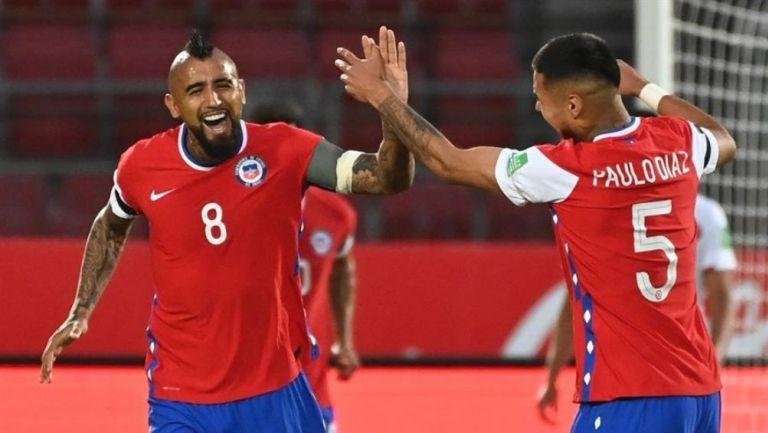 Chile derrotó a Perú en las Eliminatorias