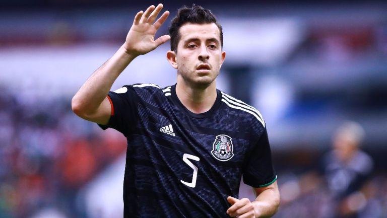 Alan Mozo durante un partido con México