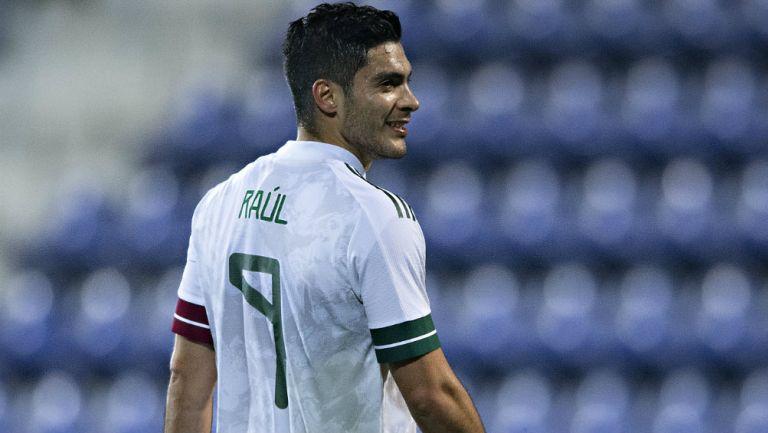 Selección Mexicana: Raúl Jiménez podría seguir los pasos de Borgetti en el Tricolor