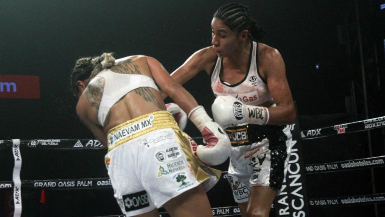 Barby Juárez: CMB terminó con polémica de los guantes de Yuliahn Luna