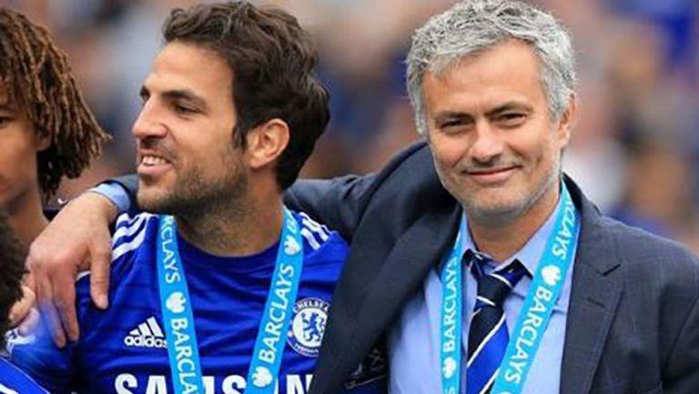 Mourihno y Fábregas tras ganar la Premier League