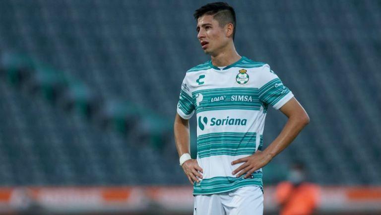 Brayan Garnica en lamento con Santos