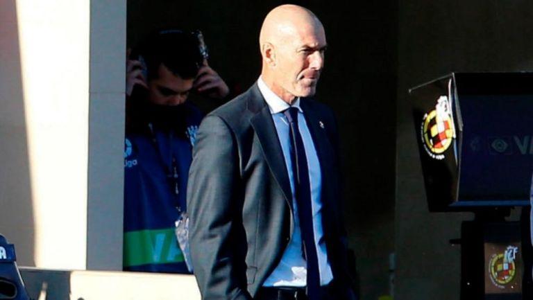 Zinedine Zidane en un partido del Real Madrid