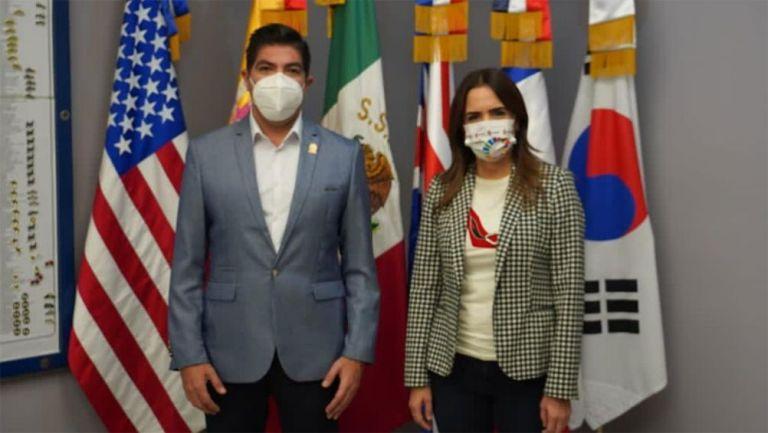 La reunión de los funcionarios de Ensenada y Escobedo