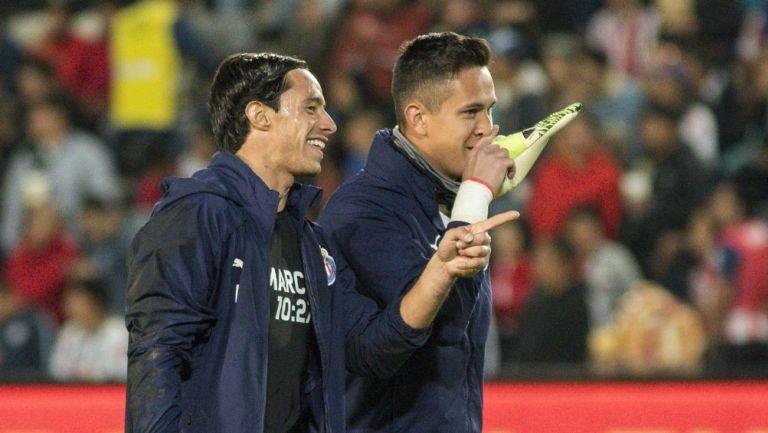 Toño Rodríguez y Raúl Gudiño previo a un partido