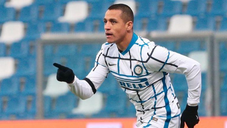 Alexis Sánchez luego de anotar gol a favor del Inter de Milán