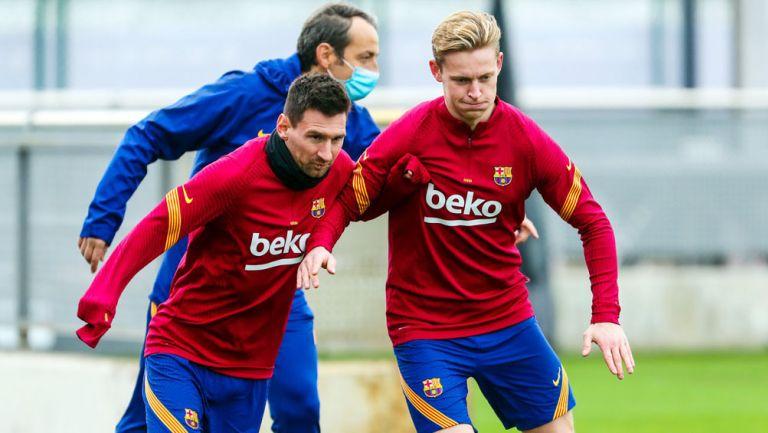 Lionel Messi y Frenkie de Jong durante un entrenamiento