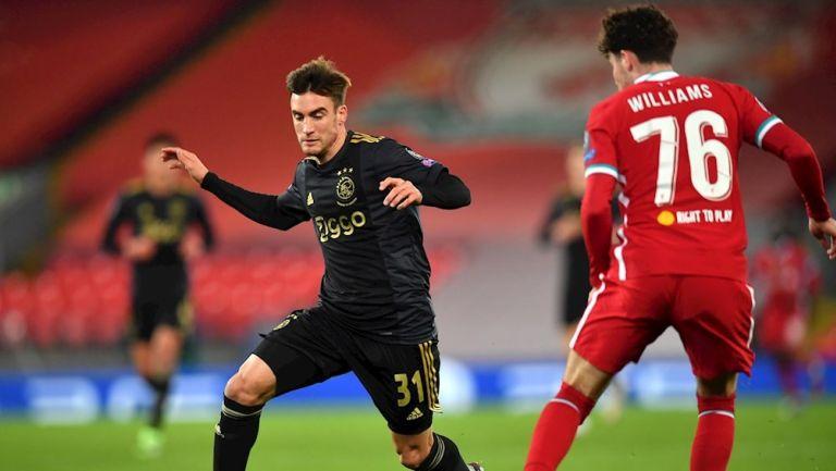 Nicolás Tagliafico durante un partido con Ajax