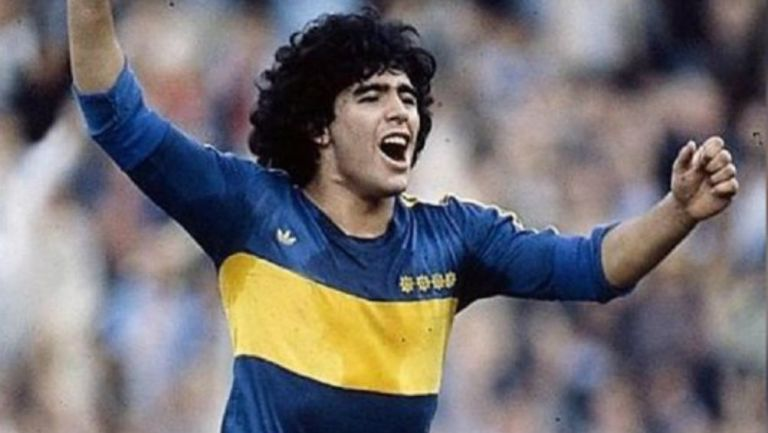 Maradona: Dirigentes de Boca Juniors piden homenaje a Diego en escudo xeneize