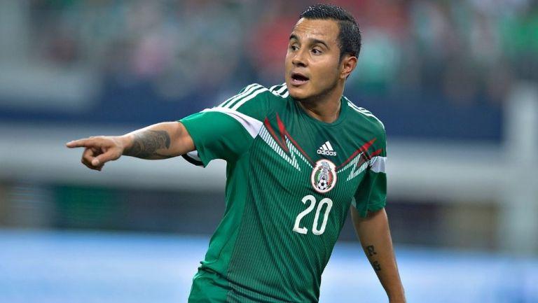 Luis Montes durante un partido de la Selección
