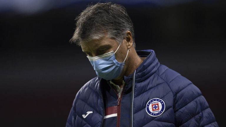 Robert Dante Siboldi tras una derrota de Cruz Azul