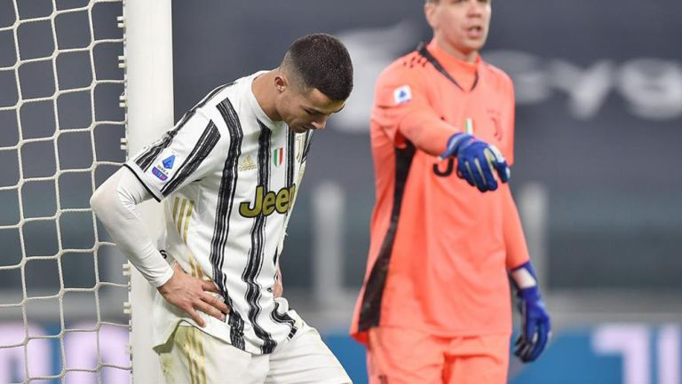 Cristiano Ronaldo se lamenta en un juego