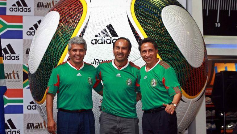 Luis Flores junto a Negrete y Potro Gutiérrez