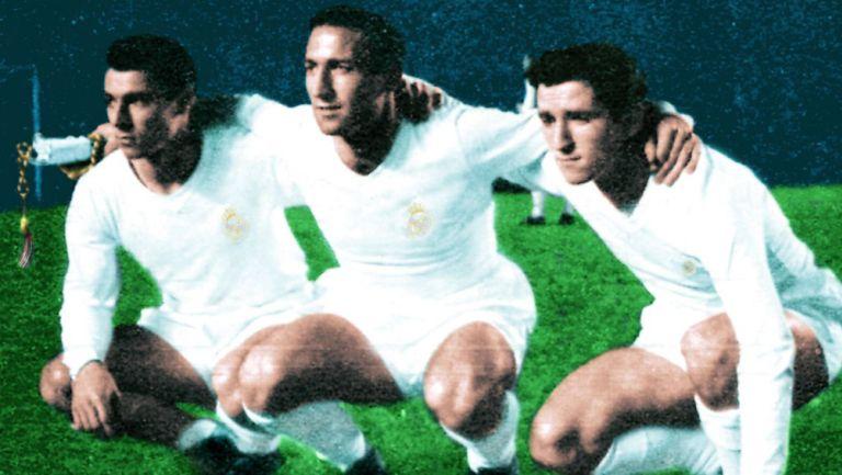 Julio, Francisco y Antonio Gento con la playera del Real Madrid