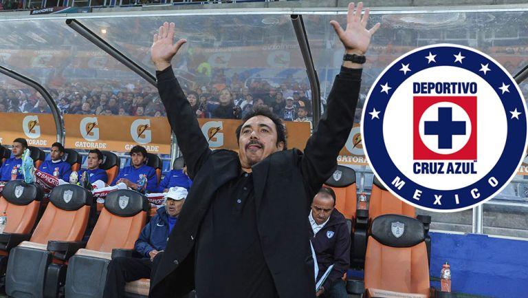 Hugo Sánchez, durante un partido con Pachuca