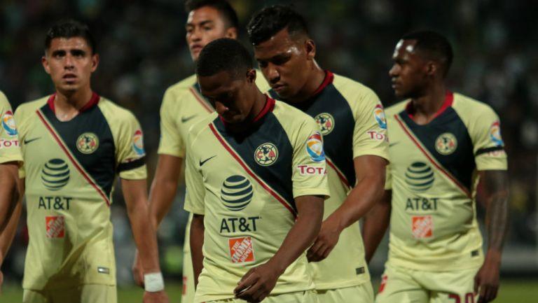 América: Roger Martínez y Andrés Ibargüen reportaron en el club con su futuro en el aire