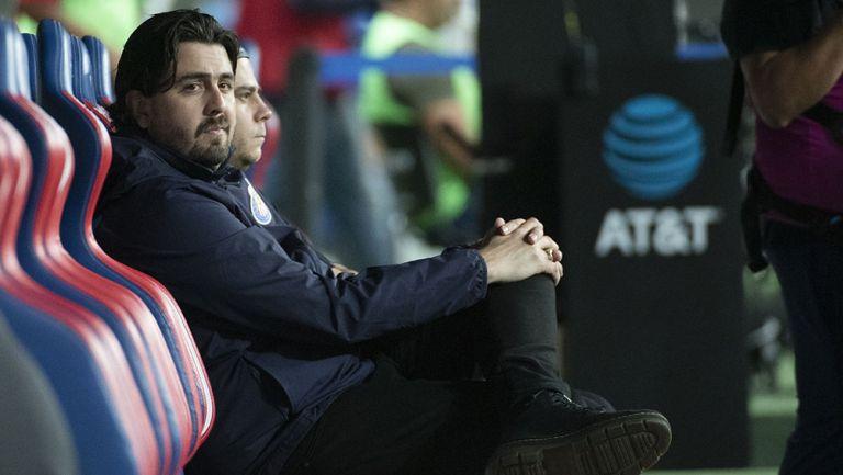 Amaury Vergara previo a un partido de Chivas