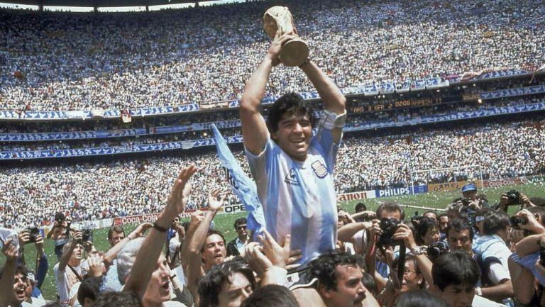 Diego Armando Maradona como campeón del mundo