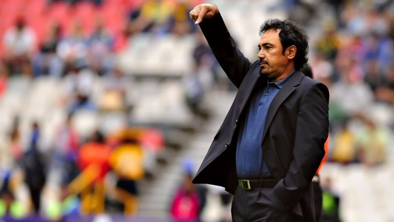 Hugo Sánchez está cerca de ser DT de Cruz Azul