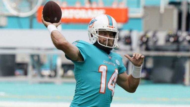 Ryan Fitzpatrick en acción con Miami Dolphins
