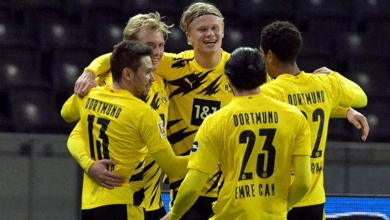 Jugadores del Borussia Dortmund celebran un gol