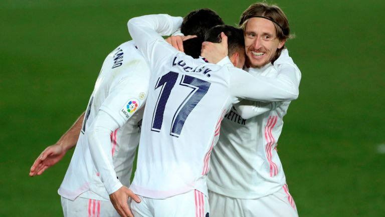 Jugadores del Real Madrid celebran un gol ante el Celta de Vigo