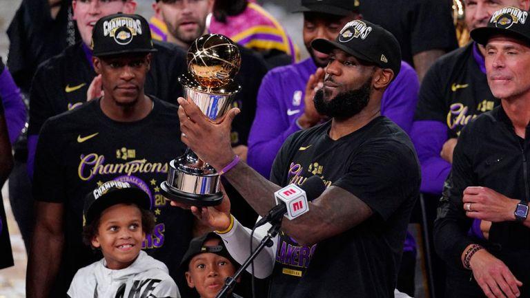 LeBron James, tras coronarse con los Lakers