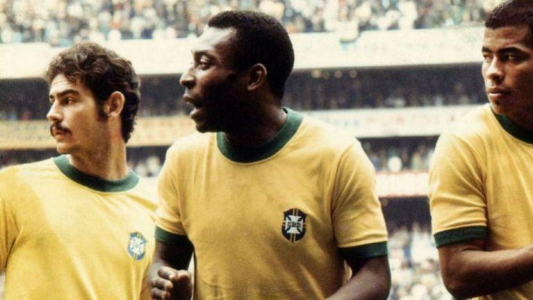 Pelé (centro) durante el Mundial de 1970