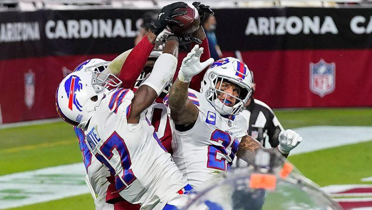 DeAndre Hopkins logra una milagrosa recepción para vencer a los Bills