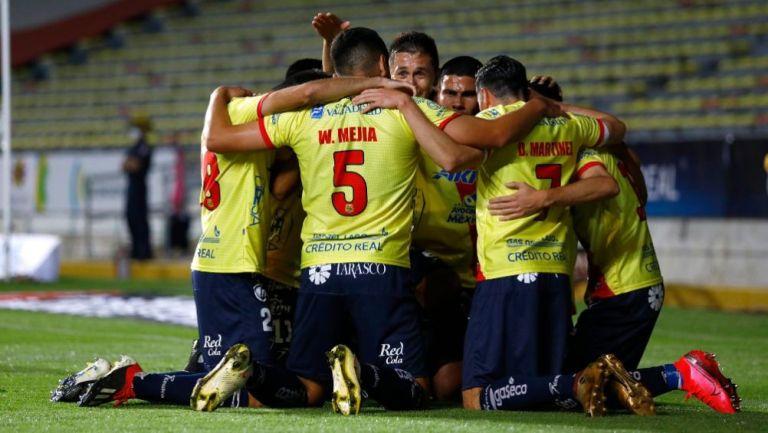 Jugadores del Atlético Morelia festejando un gol