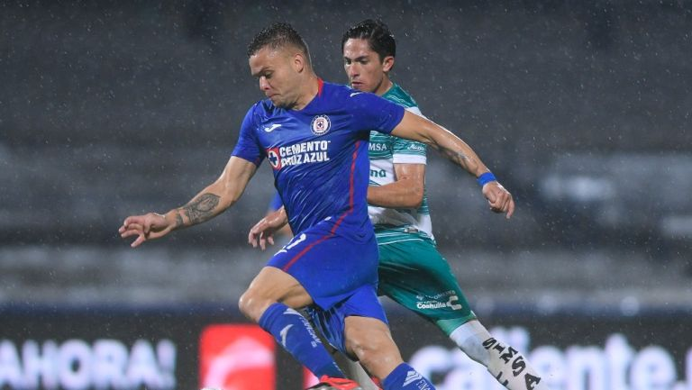 Santos vs Cruz Azul se jugará pese a positivos de Covid-19