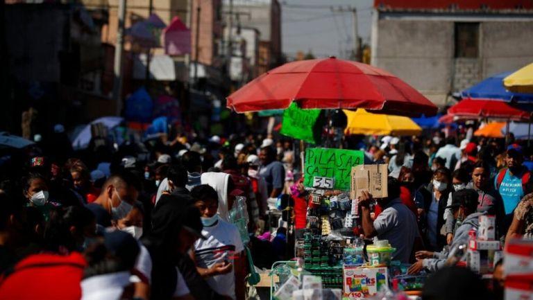 Los mercados informales continuaron operando pese a restricciones